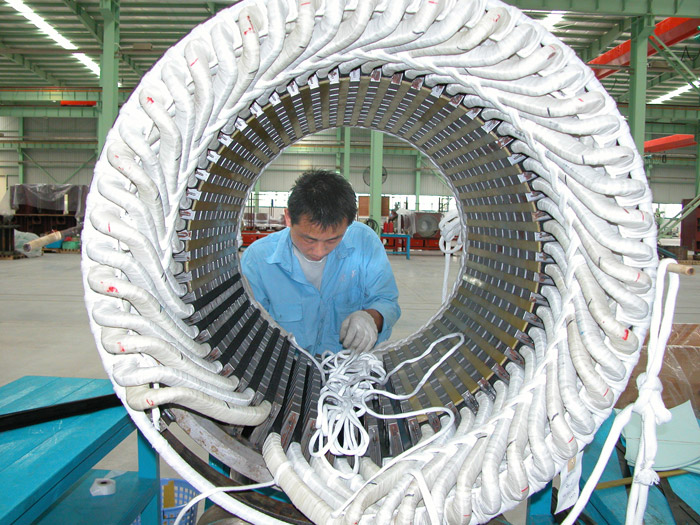 Stator winding embedding